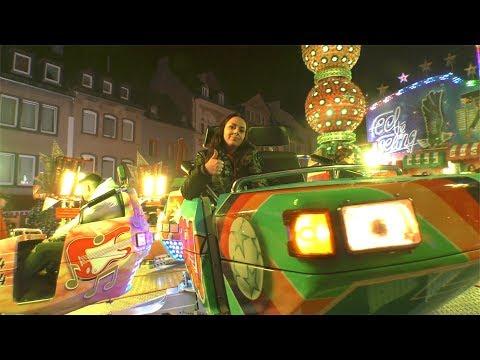 18.10.2019 - Szenegirl Zoe auf dem Lukasmarkt in Mayen - blick-aktuell.de