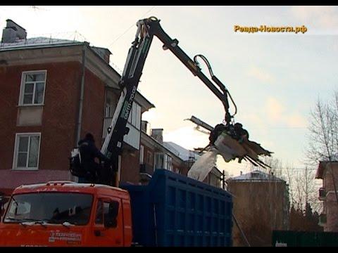 В Ревде разграбили контейнерную стоянку для мусора и купили спецмашину для уборки негабарита