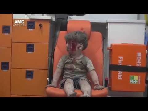 Suriyeli Çocuğun Bakışları Dünyaya Çok Şey Anlattı