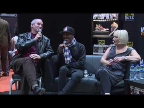 Red Dwarf: Chris Barrie Attempts Rimmer Barber Shop Quartet Song Live