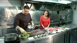 """Рубрика """"Особое меню"""": салат с ростбифом и вялеными томатами"""
