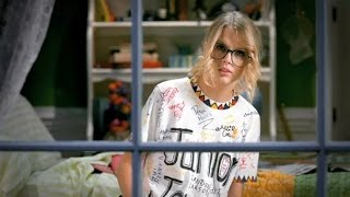 Taylor Swift ft. Scream - You belong with me (Director's Cut)