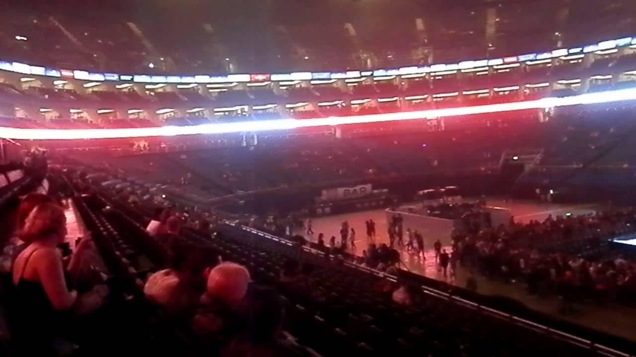 beyonce london o2 arena friday 28th febuary 2014 block 113 beyonce london o2 arena friday 28th febuary 2014 block 113 row w seats 394 5