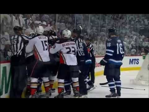 Gotta See It: Byfuglien sucker-punches Perry after goal