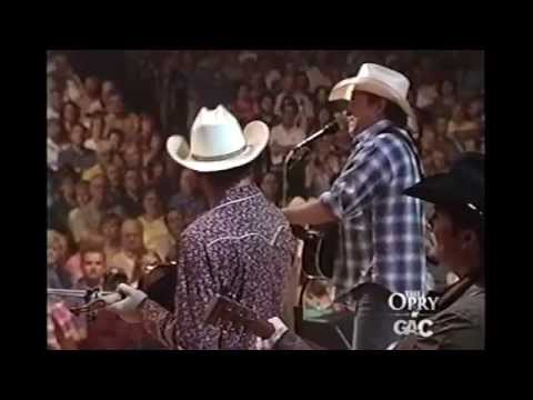 Mark Chesnutt - Heard It In A Love Song - Grand Ole Opry