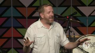 Jeff Bogue Speaks During Momentum Youth Conference 2016 - Saturday Evening Session