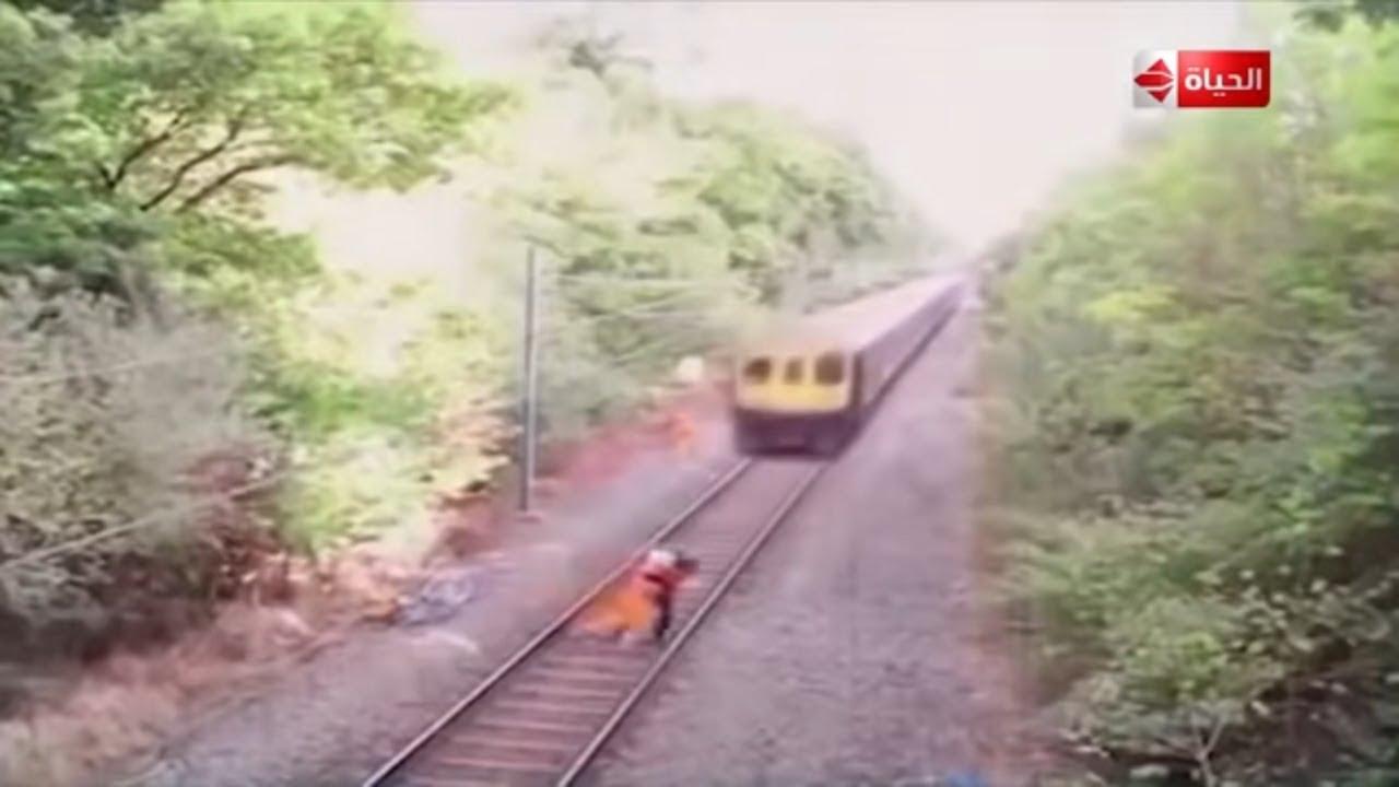 صبايا - لن تصدق كيف نجت هذه السيدة من حادث قطار مخيف