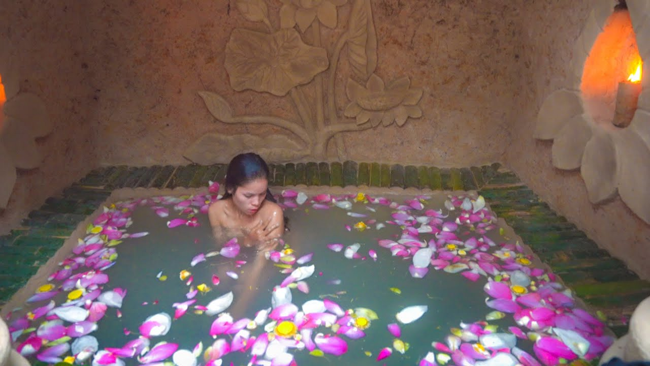 Build The Most Beautiful Underground Swimming Pool and Underground Kitchen