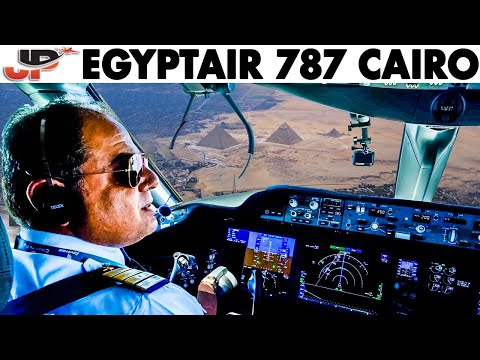 Stunning Cockpit Approach Into Cairo | Egyptair 787 Flightdeck View