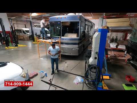 RV Windshield Replacment - Видео онлайн