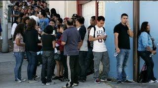 مهاجران جوان غیرقانونی آمریکا در آستانه دریافت مجوز...