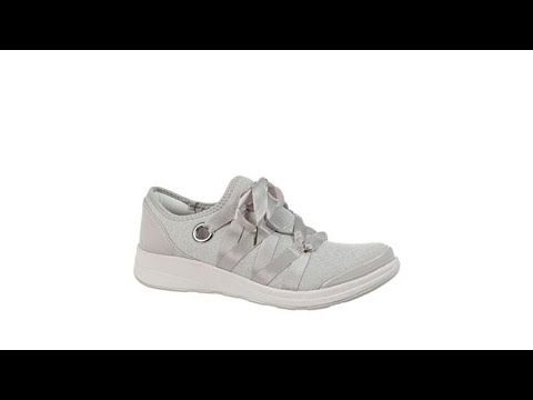 Bzees Inspire Ribbon Lace Stretch Sneaker