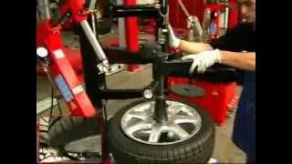 видео Шиномонтаж шин с технологией run flat