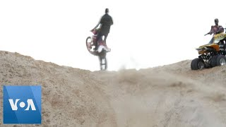 Dirt Bikes, Jeeps Tear Up Gaza Cliff