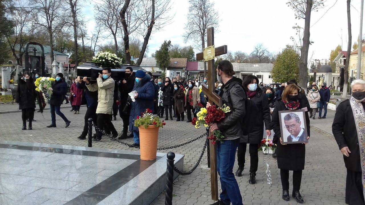 Actorul Vlad Ciobanu a fost petrecut astăzi pe ultimul drum... // Reportaj TV de la funeralii