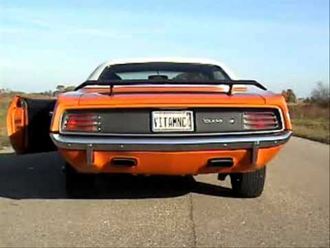 1970 PLYMOUTH 426 HEMI CUDA BURNOUT - YouTube