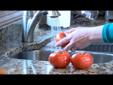 Mayo Clinic Minute: Fruit and veggie food safety