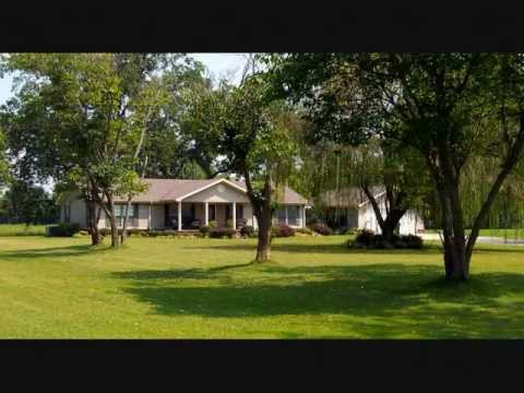 Modular Homes Designed by Gulf Coast Homes 11 - YouTube on rio mobile homes, skyco mobile homes, rose mobile homes, old model mobile homes, victory mobile homes, quadruple wide mobile homes, clayton triple wide mobile homes, plus homes mobile homes,