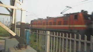 Neelanchal Express SF doing MPS@103Kmph