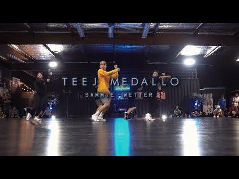 TeeJ Medallo | Sammie - Wetter | Snowglobe Perspective
