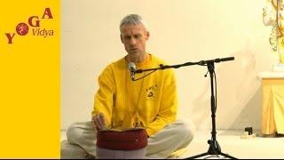 Rezitation: Narayana Suktam mit Sitaram