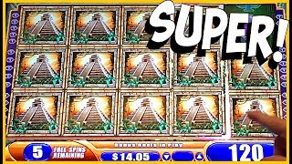 MY MOM IS DANCING WE WON SO MUCH!! ★ SUPER JUNGLE WILDS EVERYWHERE! ★ BrentSlots