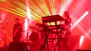 Faithless - Machines R Us - O2 Arena London - 11/12/10