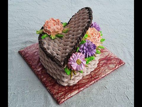 Кремовый торт ко дню влюбленных