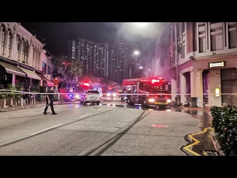 13feb2021 Tanjong Pagar Bmw M4 #SMX1441Z Crash Into Footway Of The Shop Houses \u0026 Caught Fire