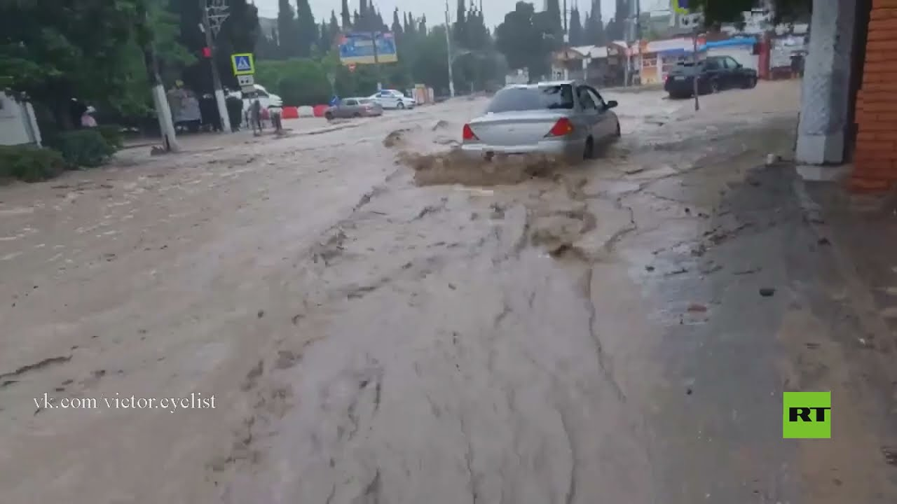 فيديو مثير يظهر قوة فيضانات في يالطا بشبه جزيرة القرم  - نشر قبل 3 ساعة