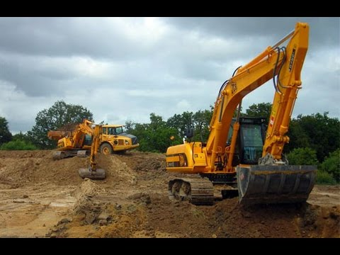 Diggers and Construction Vehicles For Kids Video with Trucks and Excavators JCB kids toys Video