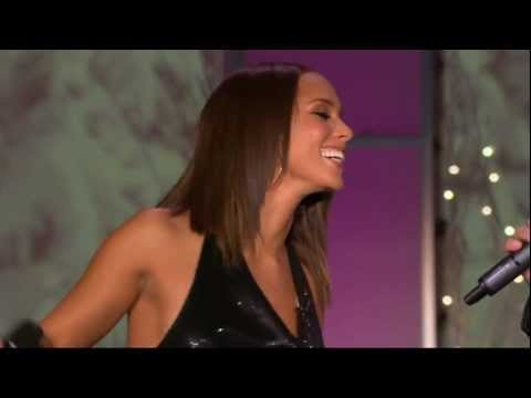 [HD] Alicia Keys & Tim McGraw - Happy Xmas (War Is Over) on Oprah