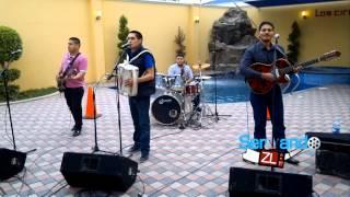 Los Juniors De Culiacan - De Parranda (En Vivo 2013)
