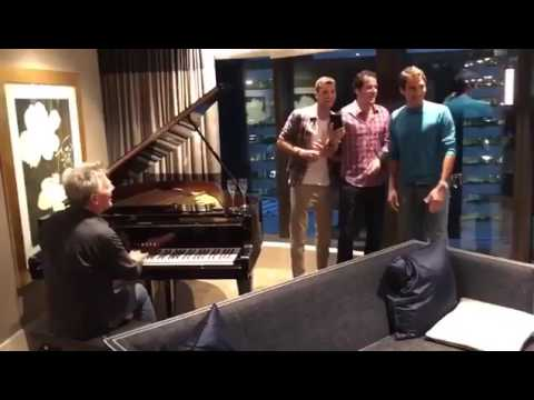 "Roger Federer sings ""Hard to Say I'm Sorry"" with Grigor Dimitrov and Tommy Haas"