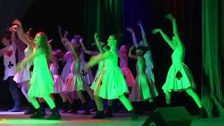 """Download """"Алиса в стране чудес"""" Студия современного танца """"Energy"""" г.Харьков Mp3 and Videos"""