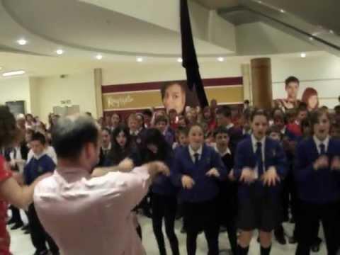 flashmob Dunfermline