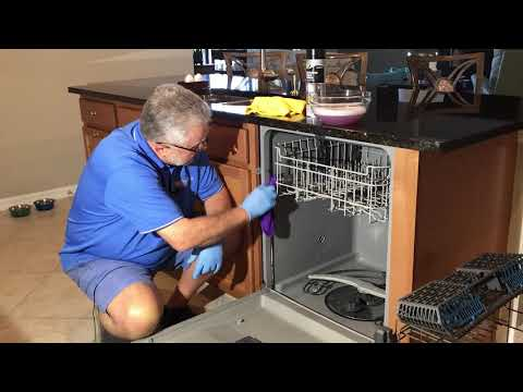 Carefree Home Watch-Best Practices-Cleaning your dishwasher for extended absences