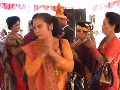 Pesta Pernikahan Adat Batak Riokardo Situmorang dengan Tina Siagian Part 2