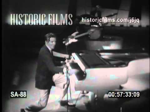 JERRY LEE LEWIS on THE STEVE ALLEN SHOW 1957 Great Balls Of Fire