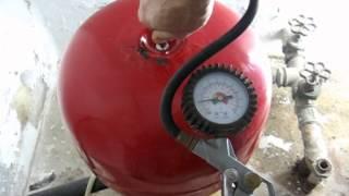 Hidrosfera o tanque hidroneumático, Carga de aire por avería.