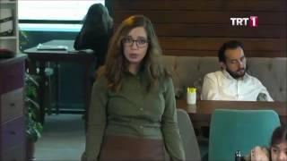 Garsonun Engelli Kıza Kötü Davranışı - Sen Olsan Ne Yapardın?