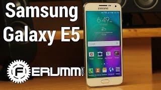 Samsung Galaxy E5 обзор. Слабые и сильные места смартфона Samsung Galaxy E5 E500H DUOS от FERUMM.COM(Samsung Galaxy E5 цены и наличие: http://ava.ua/product/803884/Samsung-Galaxy-E5-SM-E500H/ Samsung Galaxy E5 - весьма сбалансированный ..., 2015-03-14T12:19:22.000Z)