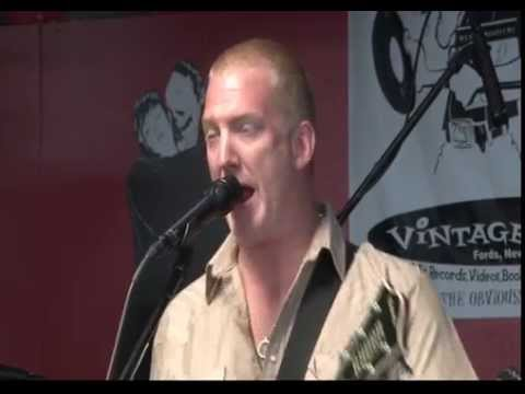 Queens of the Stone Age - Live at Vintage Vinyl 6/6/13