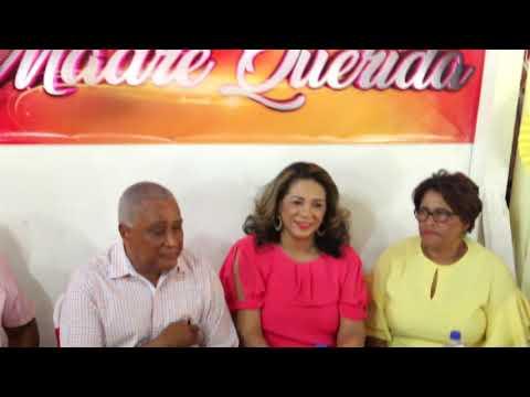 Senador Eddy Mateo Llena de Alegría a Madres Barahoneras