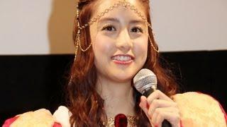 アニメやコスプレ好きで知られるモデルで女優の山本美月さんが16日、秋...