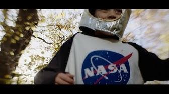 Graham Coxon - Falling (Official Video)