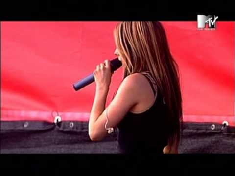 Avril Lavigne - 06 - complicated (live at rock am ring 2004)