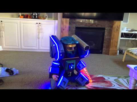 Mech Robot Kids Halloween Costume custom build...quick (5:35 if you just want to see him dance)
