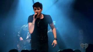 Download Lagu (Chaos88) The Man Who Can't Be Moved- (LIVE) at iheartradio Mp3