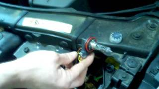 3 Series E90 DRL and Halo Bulb Replacement Day Time Running Light